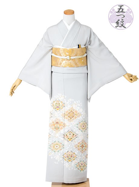 縁飾り菱と唐花の色留袖