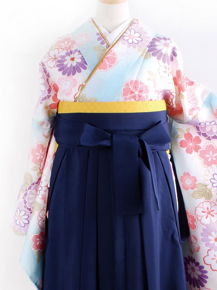 淡い水色に花尽くし・紺袴(二尺袖)/卒業式