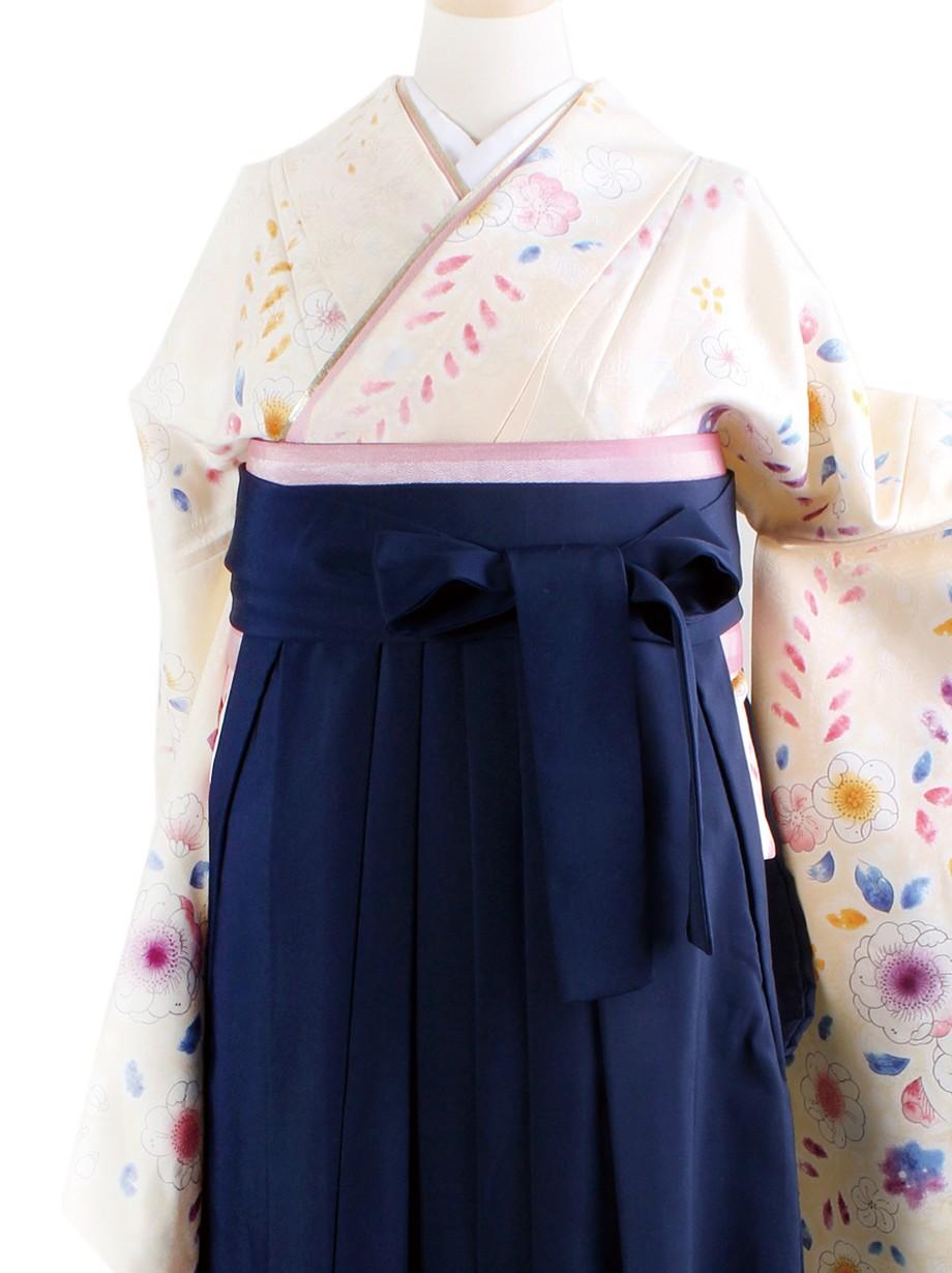 クリーム地に辻が花風・紺袴(二尺袖)/卒業式