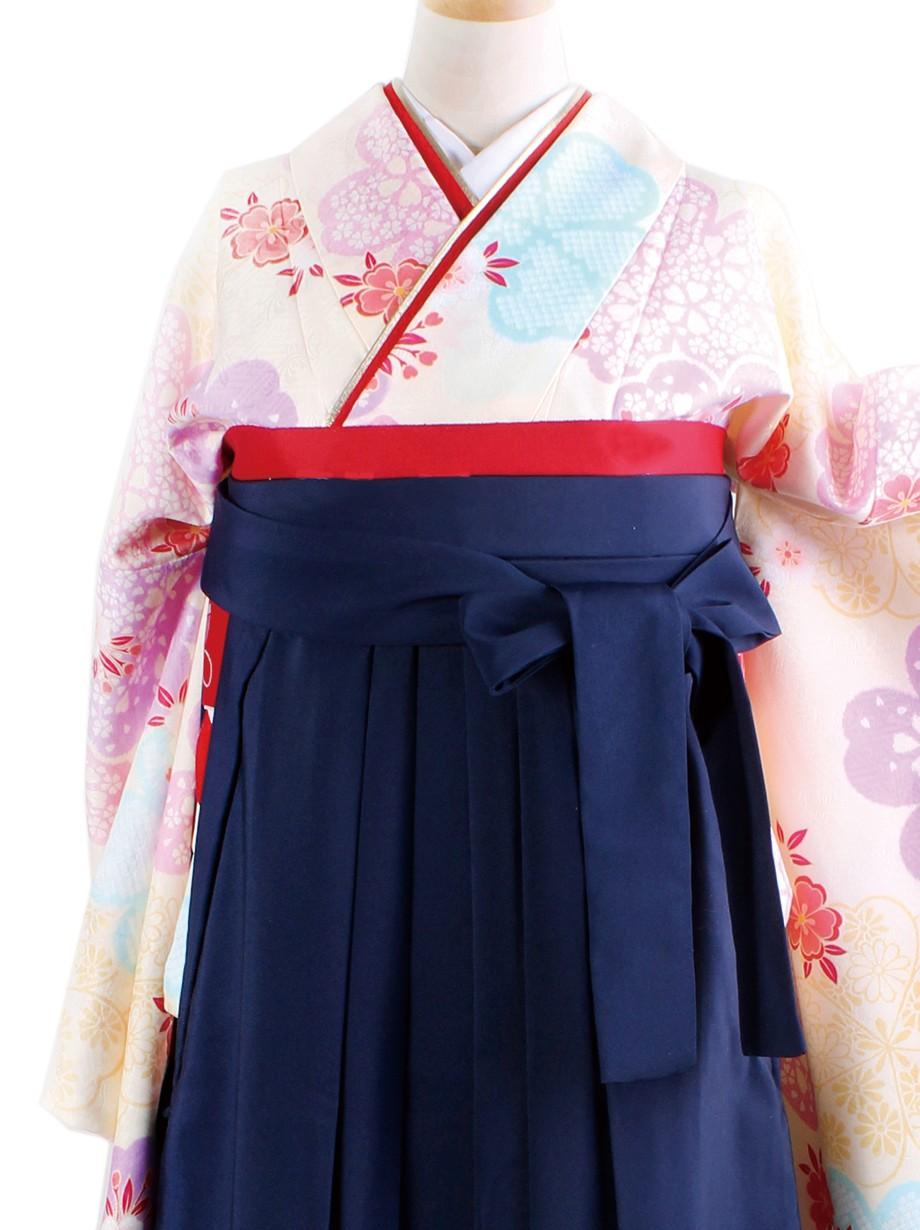 クリーム地に桜尽くし・紺袴(二尺袖)/卒業式