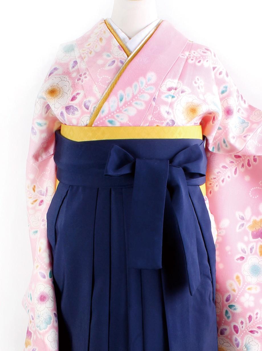 ピンク地に辻が花風・紺袴(二尺袖)/卒業式