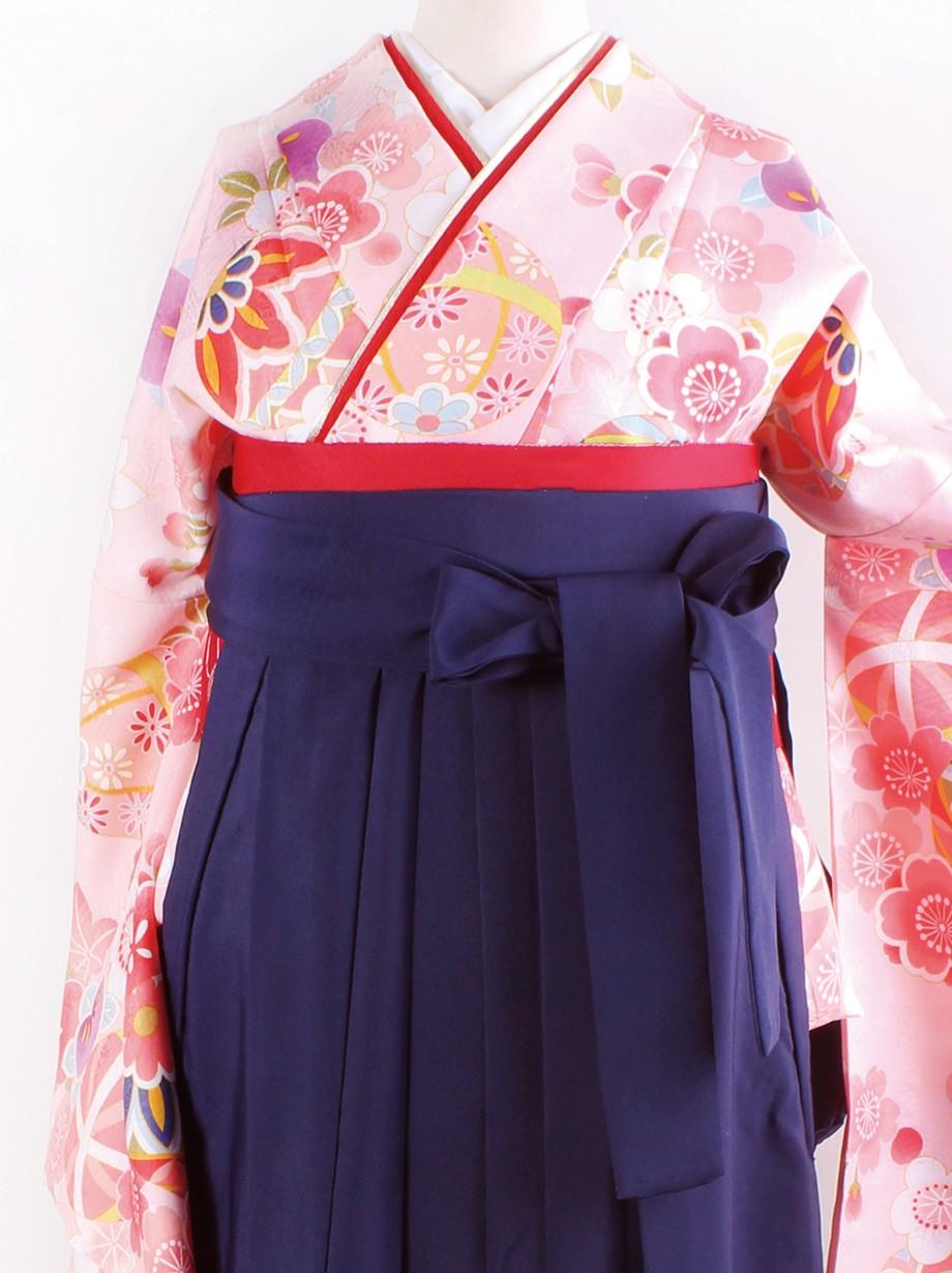ピンク地に鞠と桜・紺袴(二尺袖)/卒業式