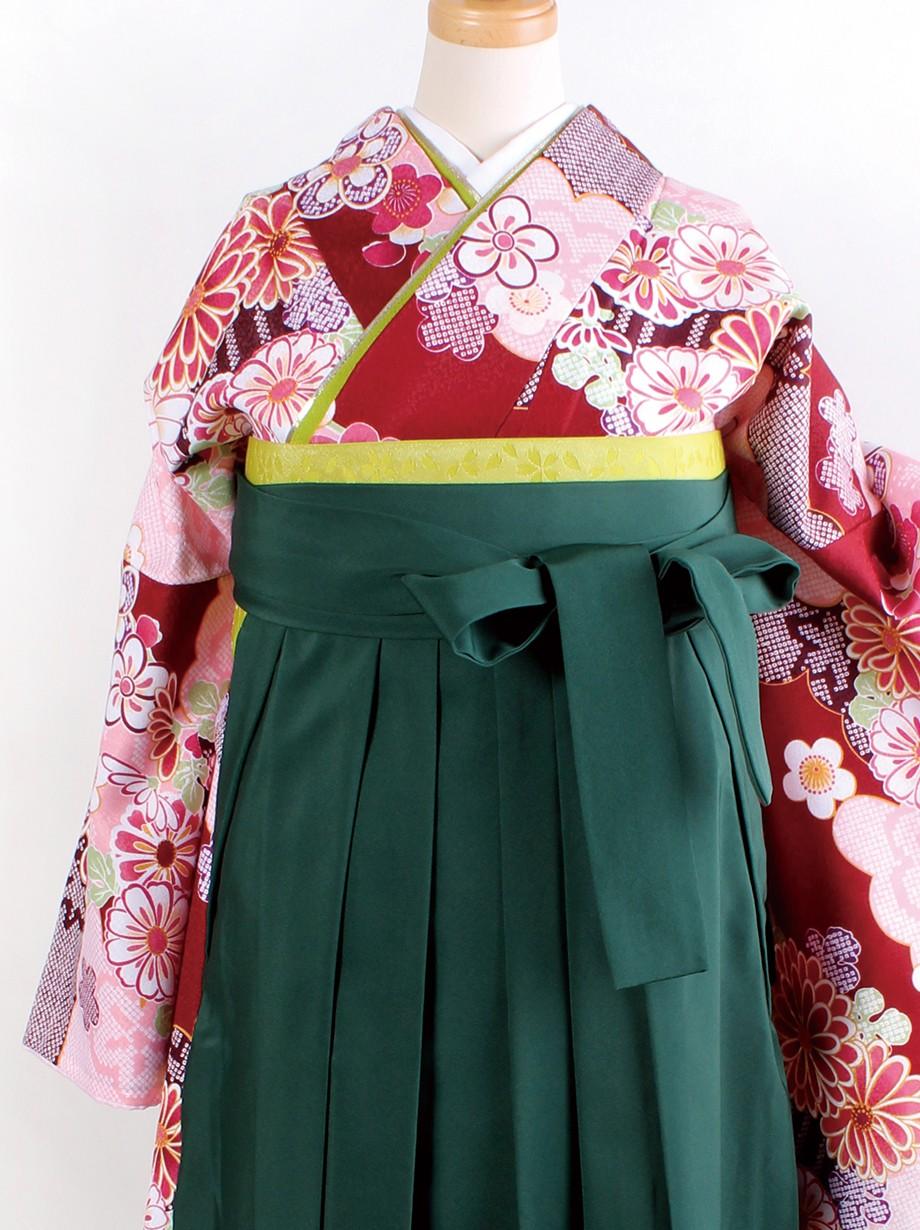 赤茶地に雲取りと菊・緑袴(二尺袖)/卒業式