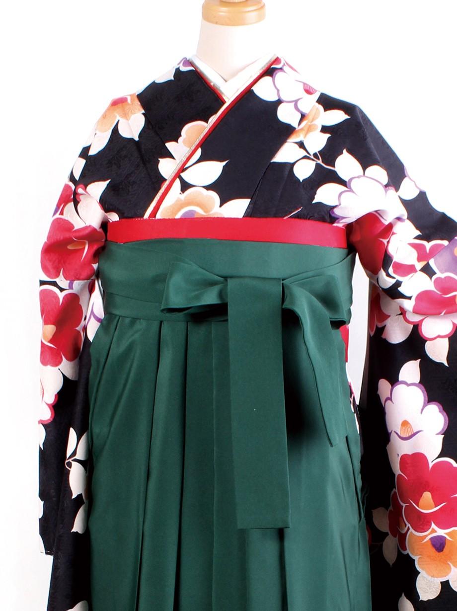 黒地に椿・緑袴(二尺袖)/卒業式
