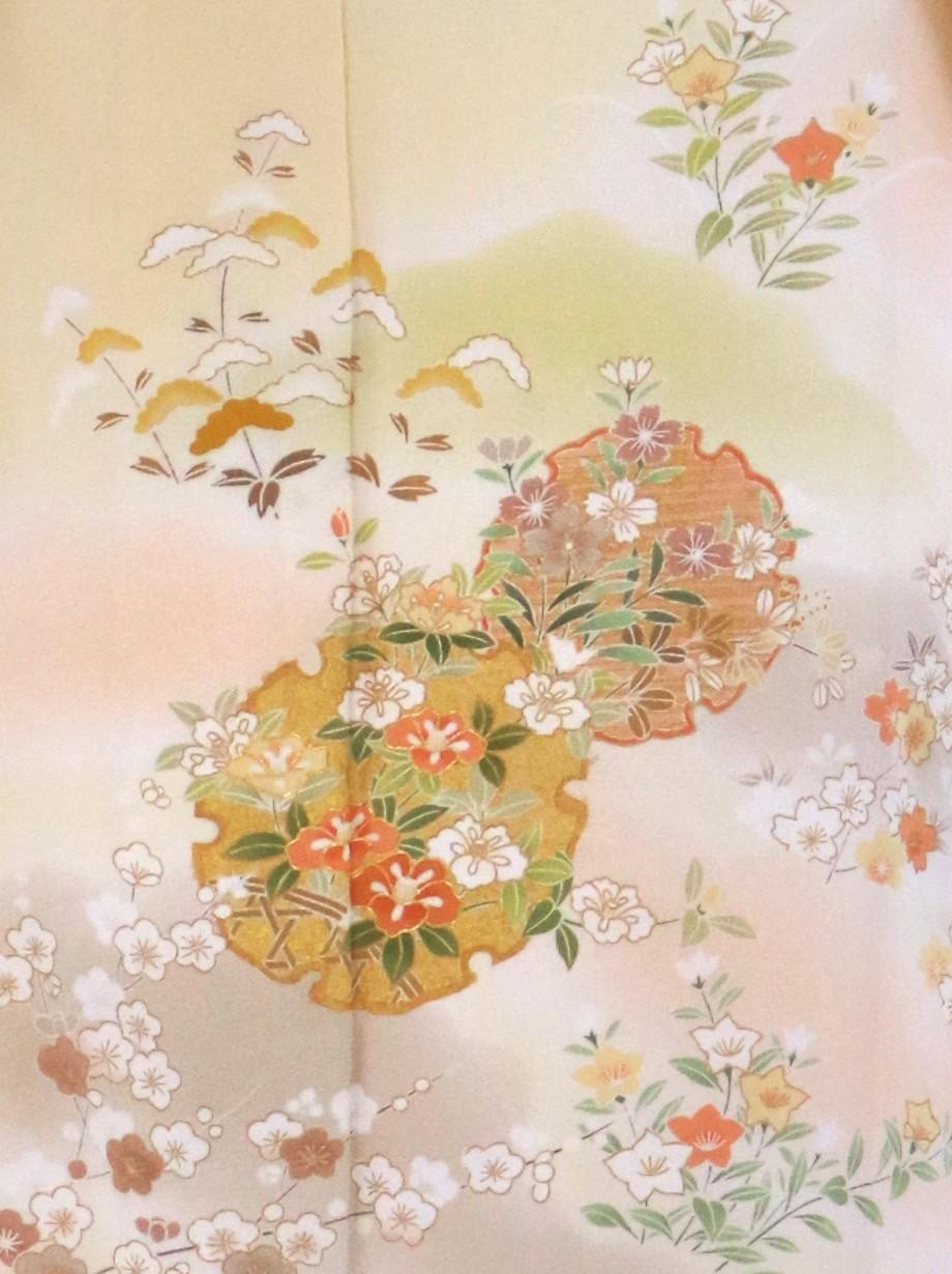 クリームイエローに雪輪と桜の訪問着(袷)