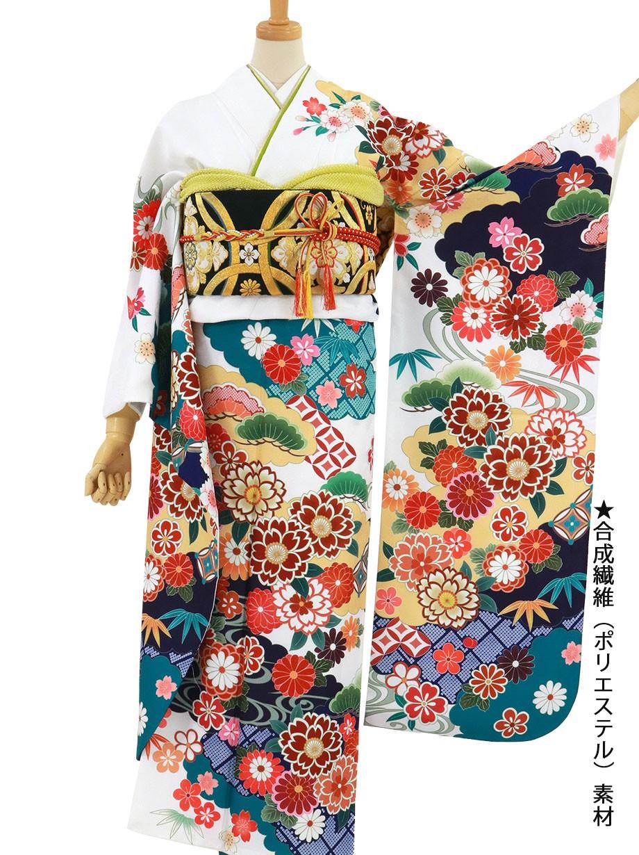 白地に松竹梅と桜文の振袖/標準サイズ
