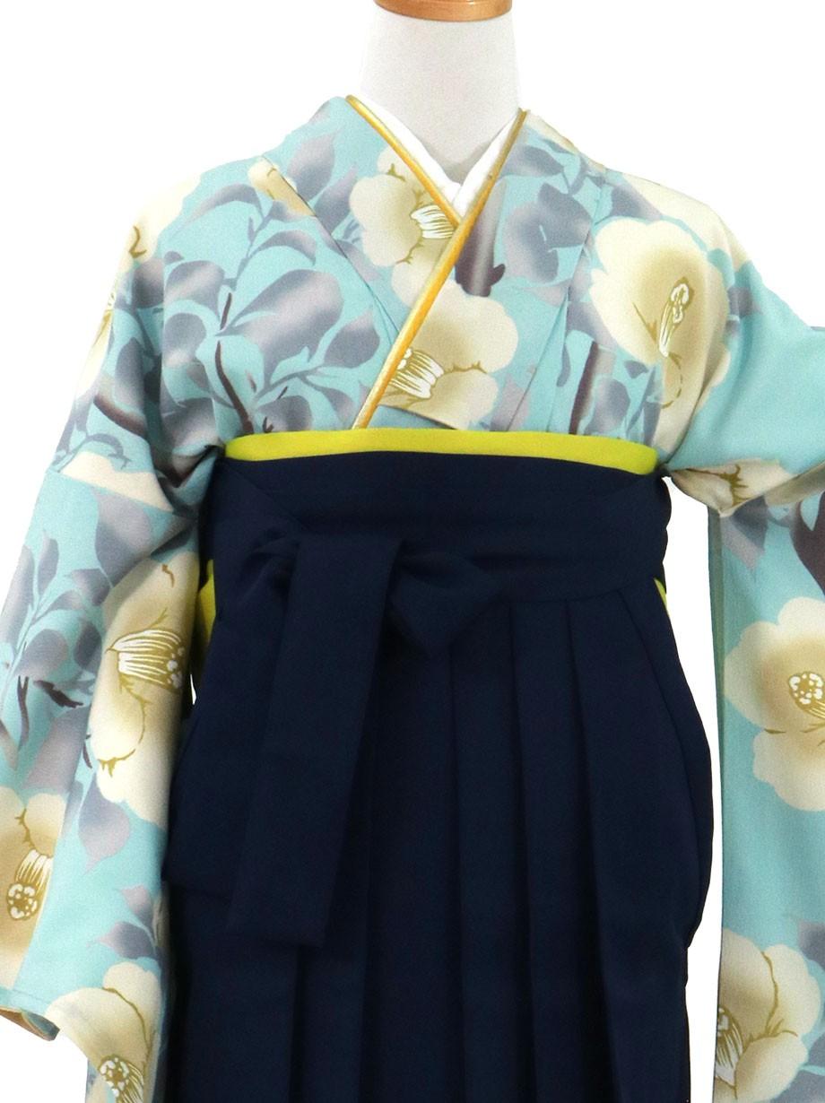 水色地に白椿、紺袴(無地)(二尺袖)/卒業式