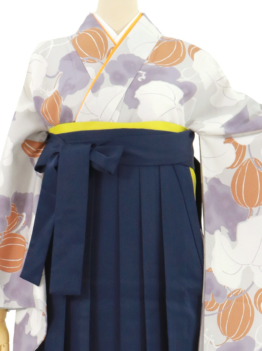 グレー地にカラスウリ・紺袴(無地)(二尺袖)/卒業式