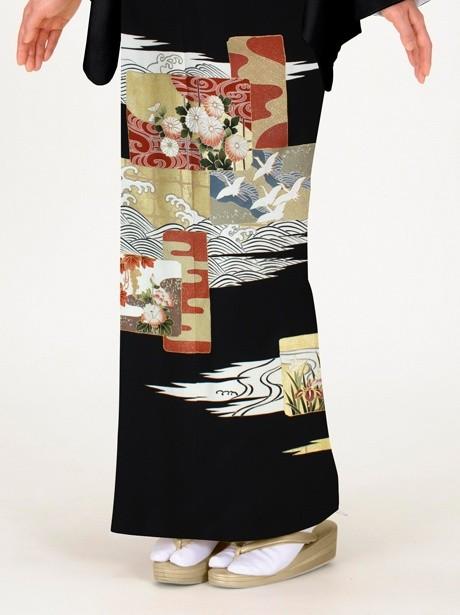 波に菊と鶴の黒留袖