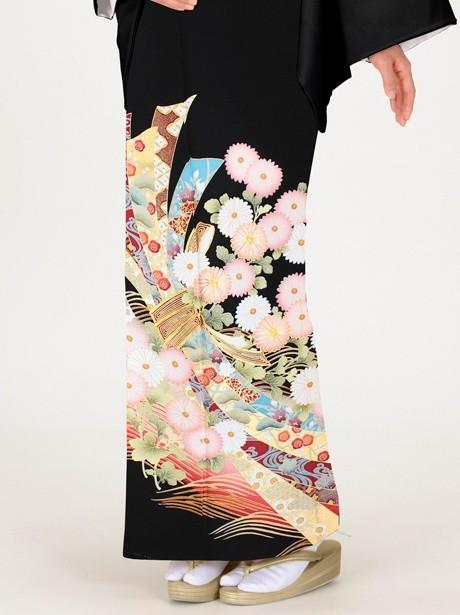 菊に束ね熨斗の黒留袖/ピンク
