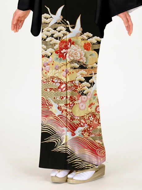 鶴に波頭(なみがしら)と松竹梅の黒留袖