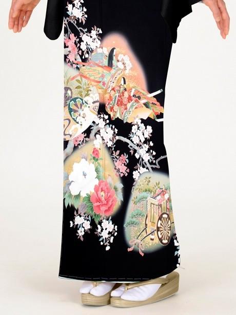 姫正面と桜の黒留袖