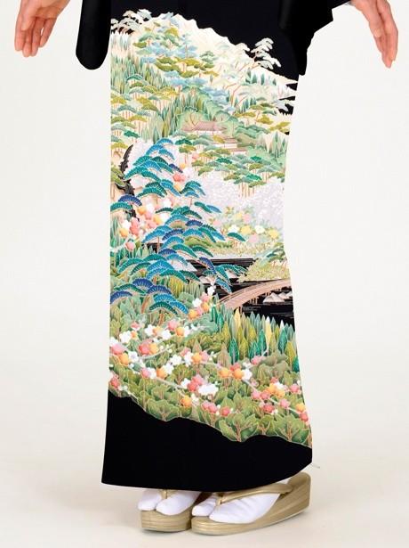 茶屋辻文様に松の黒留袖
