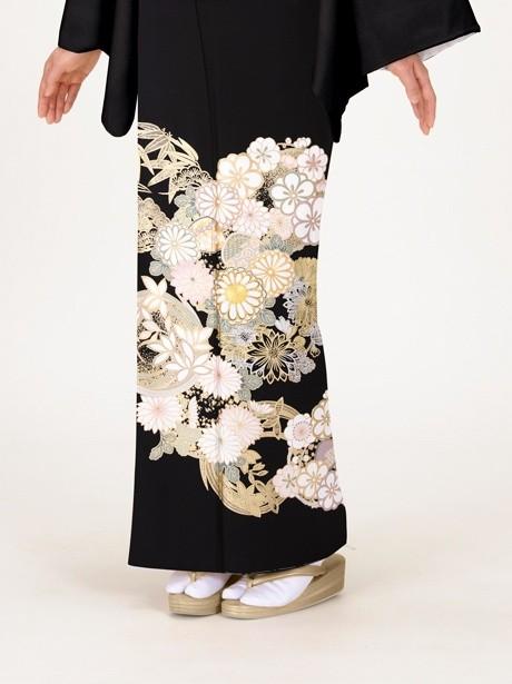 花丸文の黒留袖