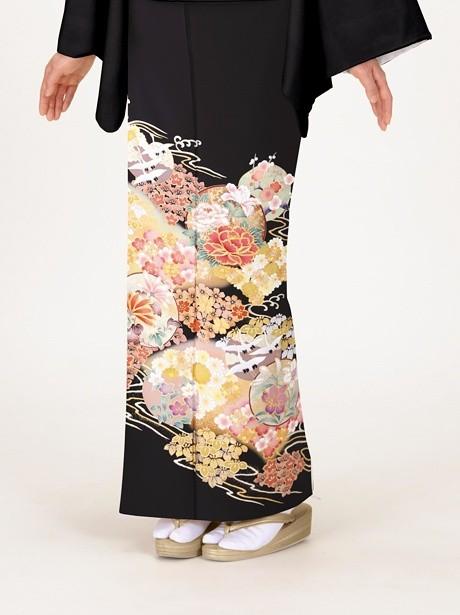 牡丹に四季花と鶴の黒留袖