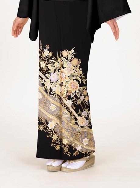 花車と華紋の黒留袖