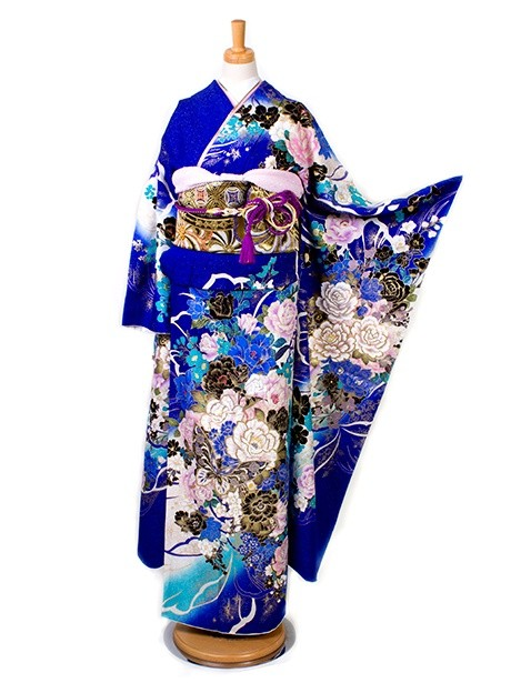 青地に薔薇と蝶の振袖
