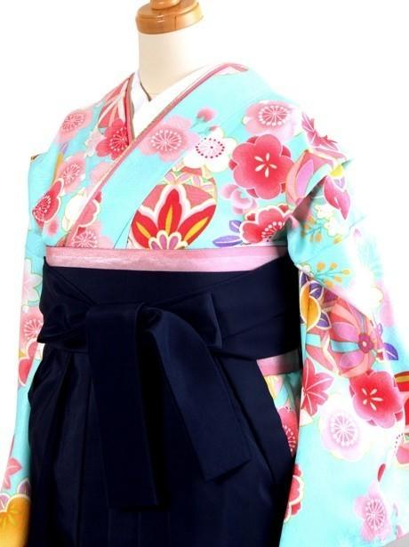 水色地に鞠と桜・紺袴(小学生)/卒業式