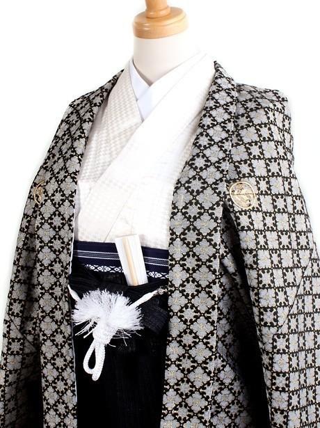 アイボリー地に花菱羽織・黒袴(小学生)/卒業式