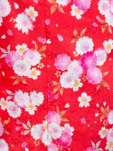 赤色地に小花柄の着物/七五三・七歳女の子