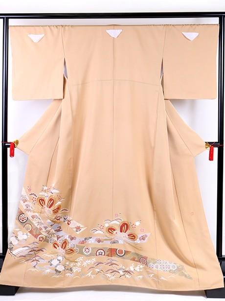 熨斗と結び松の色留袖