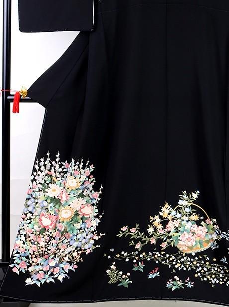 花篭の黒留袖(花尽くし)